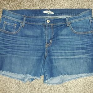 Women's Old Navy Diva Jean Shorts